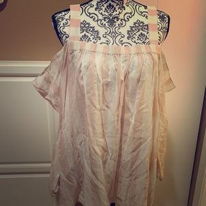 Vince Camuto Flowy Sleeve Top